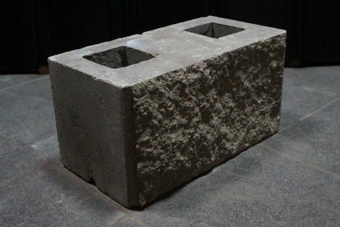 блок демлер в Бресте декоративный